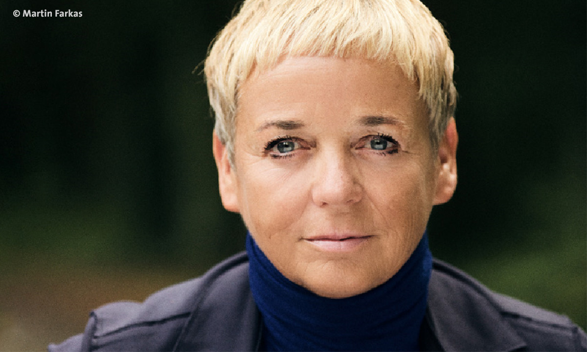 Porträtbild von Annekatrin Hendel (Foto: Martin Farkas)