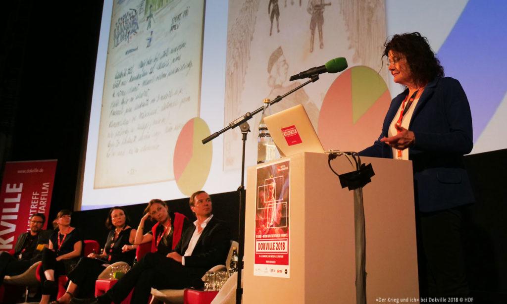 """Das Panel zu """"Der Krieg und ich"""" bei Dokville 2018 (© Sabine Hackenberg/HDF)"""