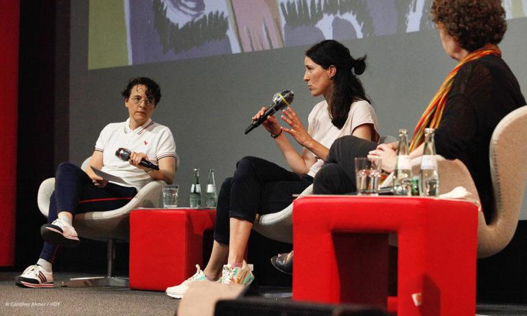 Adrienne Braun, Katja Siegel und Maren Gottschalk (v.l.n.r.) bei DOKVILLE 2021 © Günther Ahner/HDF