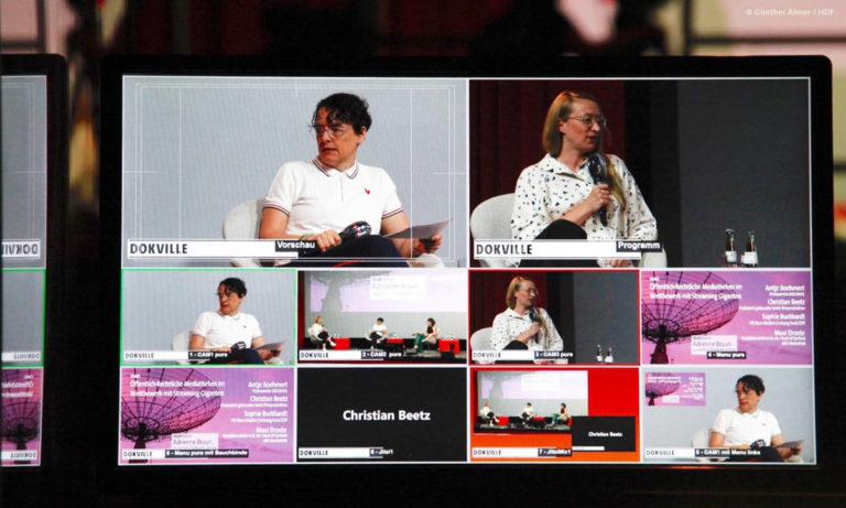 Foto von Bildschirm mit Teilnehmenden beim Mediatheken-Panel mit Gästen vor Ort und Zuschaltungen (Foto: Günther Ahner/HDF)