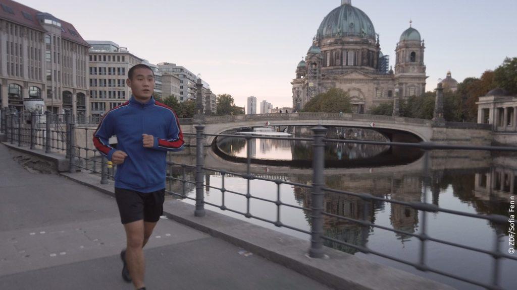 Corona-Pandemie in Berlin in Doku Welt jenseits der Stille