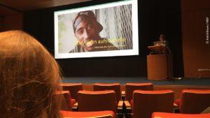 Hannah Pilarczyk vom Spiegel hält Keynote bei Serien Konferenztag 2021